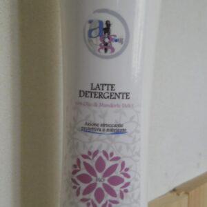 Latte detergente con olio di mandorle dolci-AG Derm