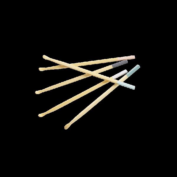cura-orecchie-in-bambu-rose-pale