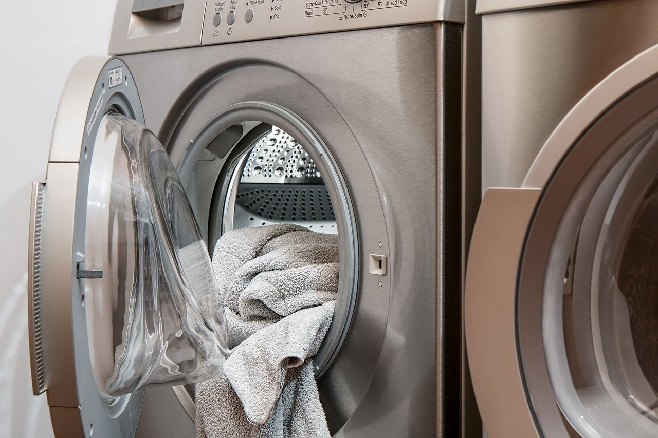 """Featured image for """"Combattere l'inquinamento da microfibre legate ai capi di abbigliamento"""""""